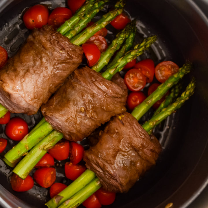 Ninja Foodi Steak Wrapped Asparagus (Air Fryer)