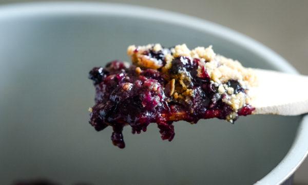 Ninja Foodi Blueberry Crisp (Gluten-Free)