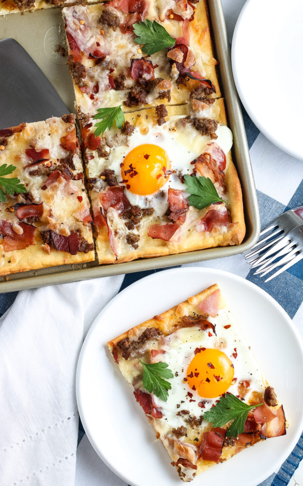 Easy Breakfast Pizza (Gluten-Free)