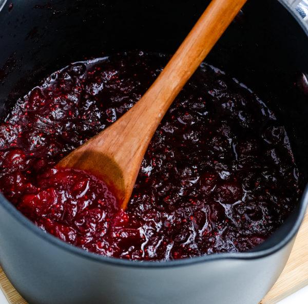 Homemade Cranberry Sauce (Gluten-Free)